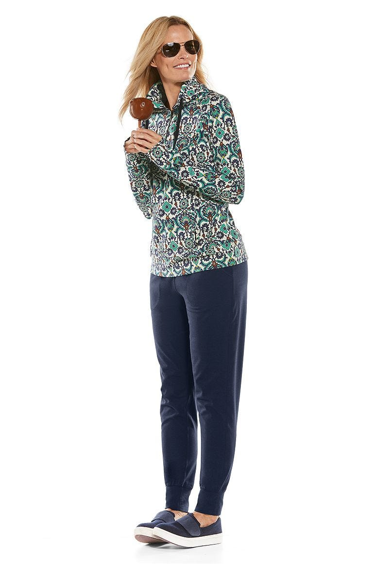 Annette Half-Zip Pullover & Weekend Pants Outfit